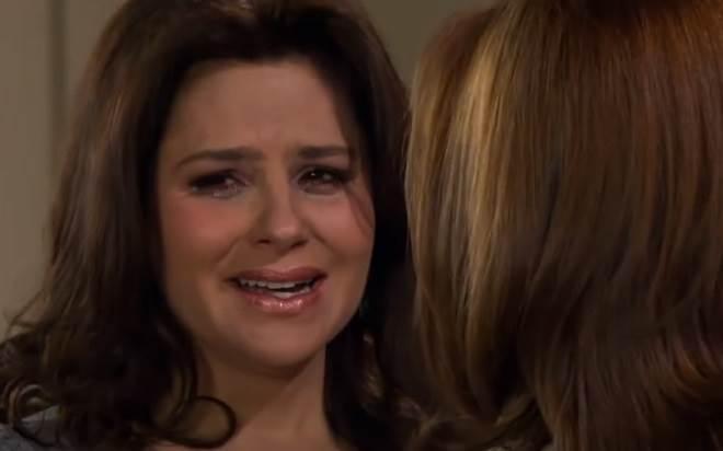 Amores Verdadeiros: Cristina descobre que José Ângelo está apaixonado por Vitória