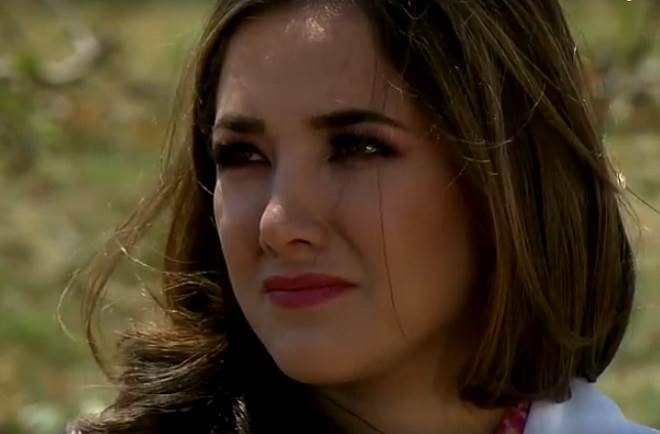Amores Verdadeiros: Liliana decide ocupar seu lugar na família Balvanera