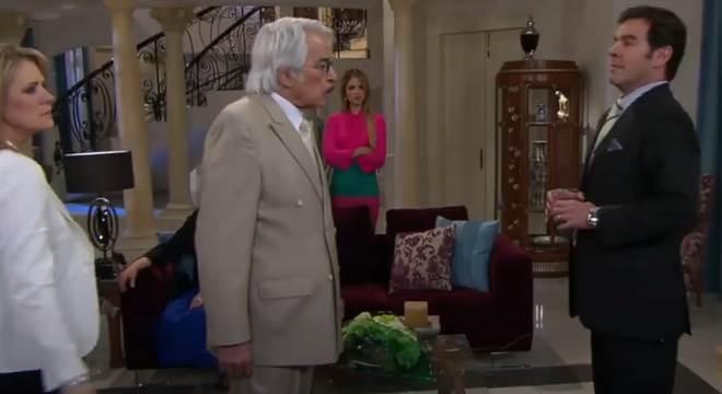 Amores Verdadeiros: Nelson revela na frente de todos que Cristina era uma Balvanera