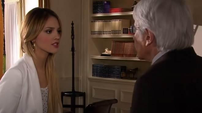 Amores Verdadeiros: Nikki resolve ficar com o dinheiro do avô e leva o nome de ladra