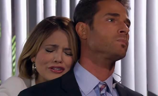 Amores Verdadeiros: Nikki implora para Gusmão não deixá-la