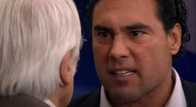 Amores Verdadeiros: José Ângelo culpa Aníbal por Liliana estar morrendo