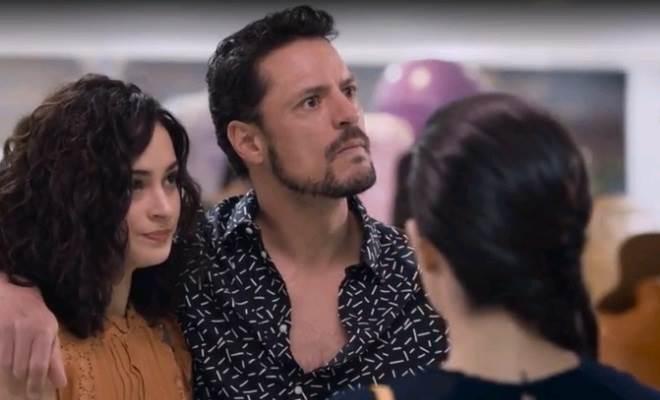 Te Dou a Vida: Rosa finge que Modesto é seu irmão e as coisas se complicam